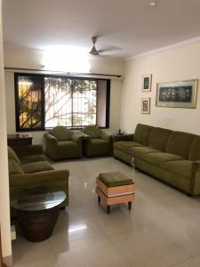 Gallery Cover Image of 1500 Sq.ft 3 BHK Apartment for rent in Andheri West for 75000