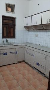 Gallery Cover Image of 1500 Sq.ft 2 RK Independent Floor for rent in Sector 20 for 12000