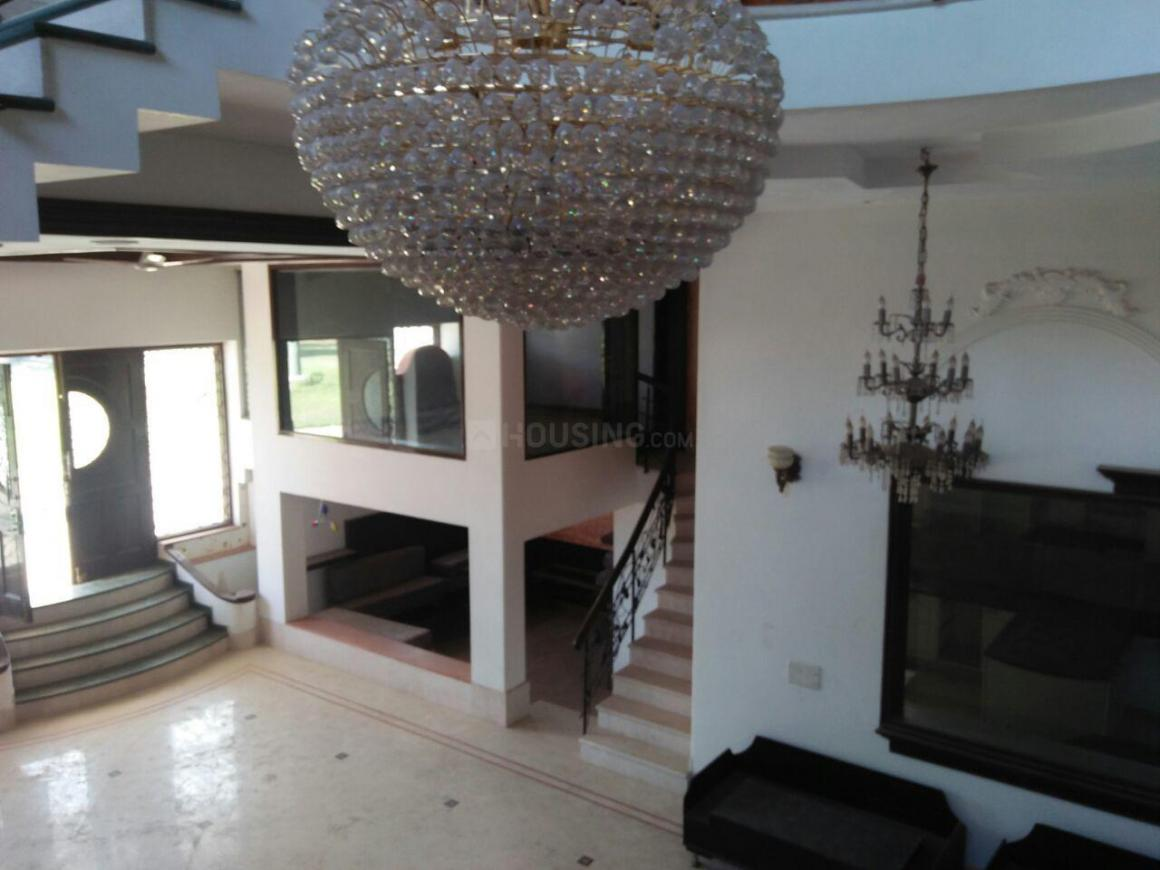 Living Room Image of 10000 Sq.ft 5 BHK Independent House for rent in Ghitorni for 500000