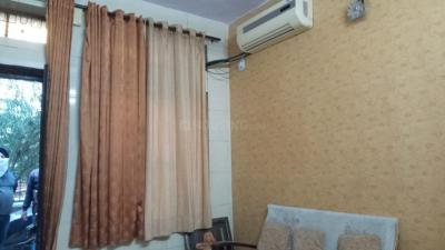 Gallery Cover Image of 550 Sq.ft 1 BHK Apartment for rent in Pitampura for 16000