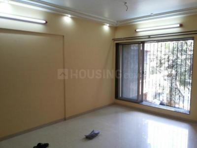 Gallery Cover Image of 1100 Sq.ft 3 BHK Apartment for rent in Goregaon West for 50000