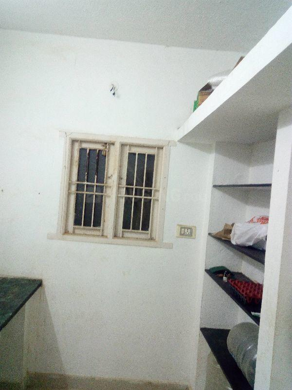 Kitchen Image of 1600 Sq.ft 2 BHK Independent House for rent in Pammal for 10000