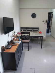 Gallery Cover Image of 1320 Sq.ft 3 BHK Apartment for buy in Shah Heights, Kharghar for 14800000