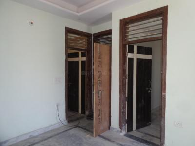 Gallery Cover Image of 630 Sq.ft 2 BHK Apartment for buy in Shastri Nagar for 1700000
