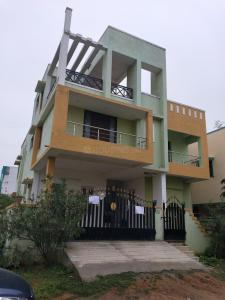 Gallery Cover Image of 1300 Sq.ft 2 BHK Independent Floor for rent in Guduvancheri for 12000