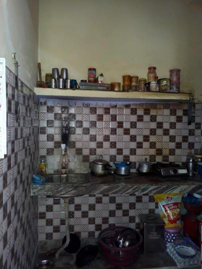 पीजी 3806417 सेक्टर 66 इन सेक्टर 66 के किचन की तस्वीर