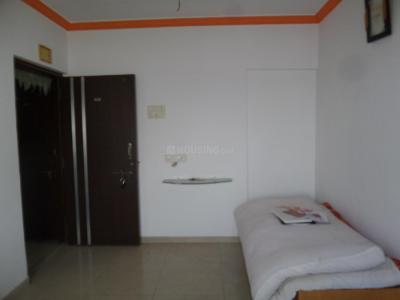 Gallery Cover Image of 560 Sq.ft 1 BHK Apartment for rent in Malad West for 26000