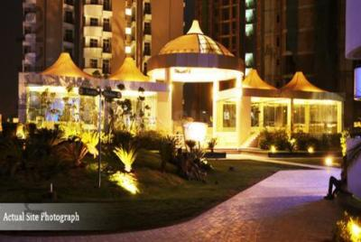 Gallery Cover Image of 1425 Sq.ft 2 BHK Apartment for rent in Paramount Symphony, Crossings Republik for 15000
