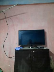 Hall Image of PG For Girls in Khar Danda