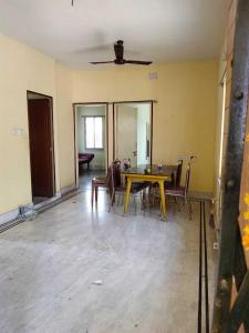 Gallery Cover Image of 1500 Sq.ft 3 BHK Apartment for rent in Akash Apartment, Dum Dum for 35000