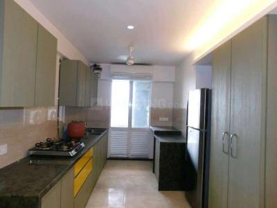 Gallery Cover Image of 2500 Sq.ft 4 BHK Apartment for rent in Mulund West for 90000