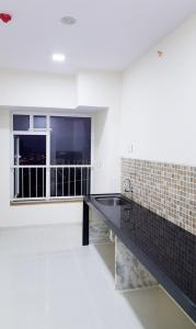 Gallery Cover Image of 1538 Sq.ft 3 BHK Apartment for buy in Kharghar for 13300000