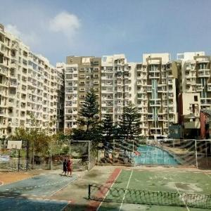 Gallery Cover Image of 2800 Sq.ft 5 BHK Apartment for rent in Kartik Nagar for 37000