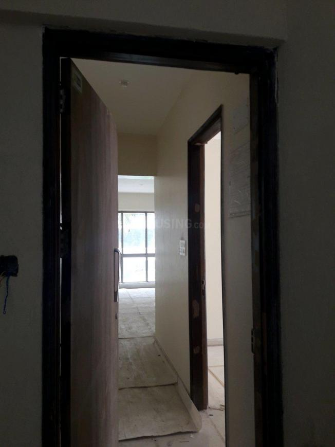 Main Entrance Image of 950 Sq.ft 2 BHK Apartment for buy in Malad West for 16500000