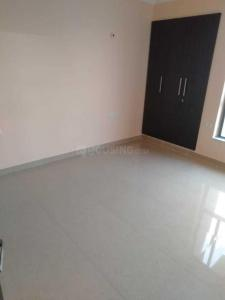Gallery Cover Image of 1650 Sq.ft 2 BHK Apartment for rent in Sector 61 for 37000