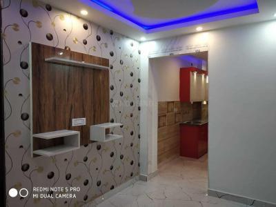 Gallery Cover Image of 500 Sq.ft 3 BHK Independent Floor for rent in RWA Uttam Nagar Gali 6 Block T A, Uttam Nagar for 15000