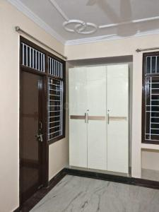 Gallery Cover Image of 1400 Sq.ft 3 BHK Apartment for rent in Anandpuri for 19000