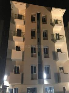 Gallery Cover Image of 1305 Sq.ft 3 BHK Apartment for rent in Ambattur for 25000