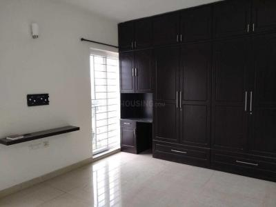 Gallery Cover Image of 1709 Sq.ft 3 BHK Apartment for rent in Virugambakkam for 36000