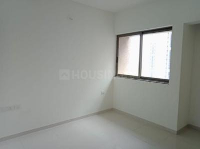 Gallery Cover Image of 710 Sq.ft 1 BHK Apartment for rent in Bhayandarpada, Thane West for 15000