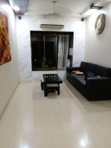 Gallery Cover Image of 650 Sq.ft 1 BHK Apartment for rent in Borivali West for 24900