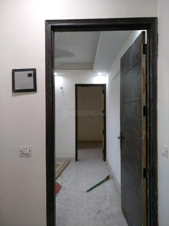 Main Entrance Image of 450 Sq.ft 1 BHK Apartment for buy in Chhattarpur for 1700000