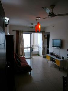Gallery Cover Image of 1070 Sq.ft 2 BHK Apartment for rent in The 3C Lotus Panache, Sector 110 for 14000