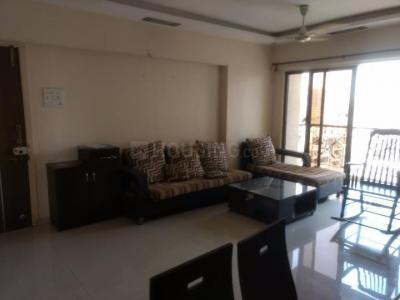 Gallery Cover Image of 1250 Sq.ft 3 BHK Apartment for rent in Kandivali West for 40000