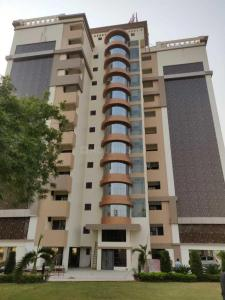 Gallery Cover Image of 1154 Sq.ft 2 BHK Apartment for buy in RK Park Ultima, Jankipuram Extension for 4450000