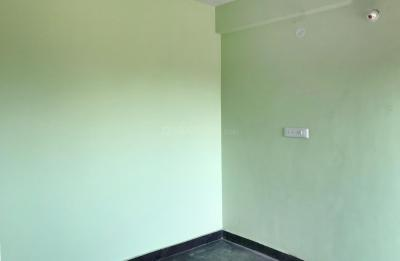 Gallery Cover Image of 1300 Sq.ft 3 BHK Apartment for rent in Manikonda for 25000