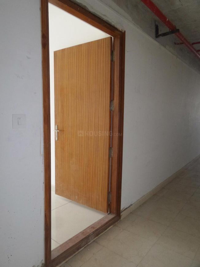 Main Entrance Image of 1029 Sq.ft 2 BHK Apartment for buy in Korattur for 5968200