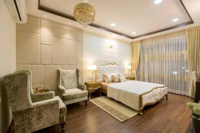 Gallery Cover Image of 2495 Sq.ft 4 BHK Apartment for buy in Sector 19 for 12000000