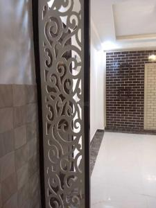 Gallery Cover Image of 630 Sq.ft 2 BHK Apartment for rent in Chandra Park for 13500