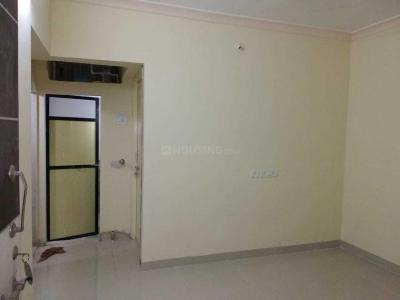 Gallery Cover Image of 375 Sq.ft 1 BHK Apartment for rent in Prabhadevi for 20000