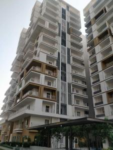 Gallery Cover Image of 2460 Sq.ft 3 BHK Apartment for buy in Manikonda for 18500000