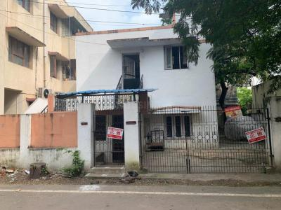 Gallery Cover Image of 2001 Sq.ft 3 BHK Independent House for buy in Koyambedu for 25000000