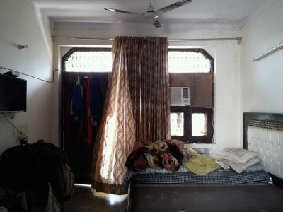 Gallery Cover Image of 500 Sq.ft 1 RK Independent Floor for rent in Pitampura for 10000