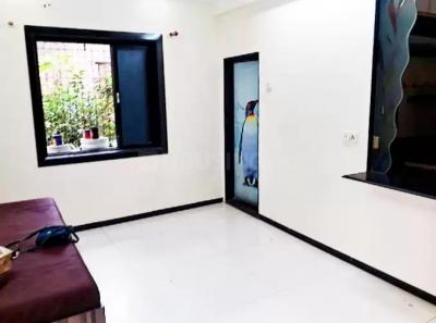 Gallery Cover Image of 500 Sq.ft 1 BHK Apartment for rent in Santacruz East for 36000
