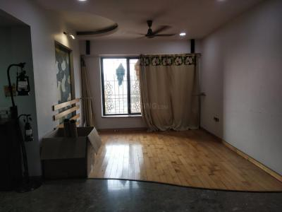 Gallery Cover Image of 1600 Sq.ft 3 BHK Apartment for rent in Malad West for 60000
