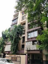 Gallery Cover Image of 1800 Sq.ft 4 BHK Apartment for buy in Amrut Vani, Chembur for 50000000