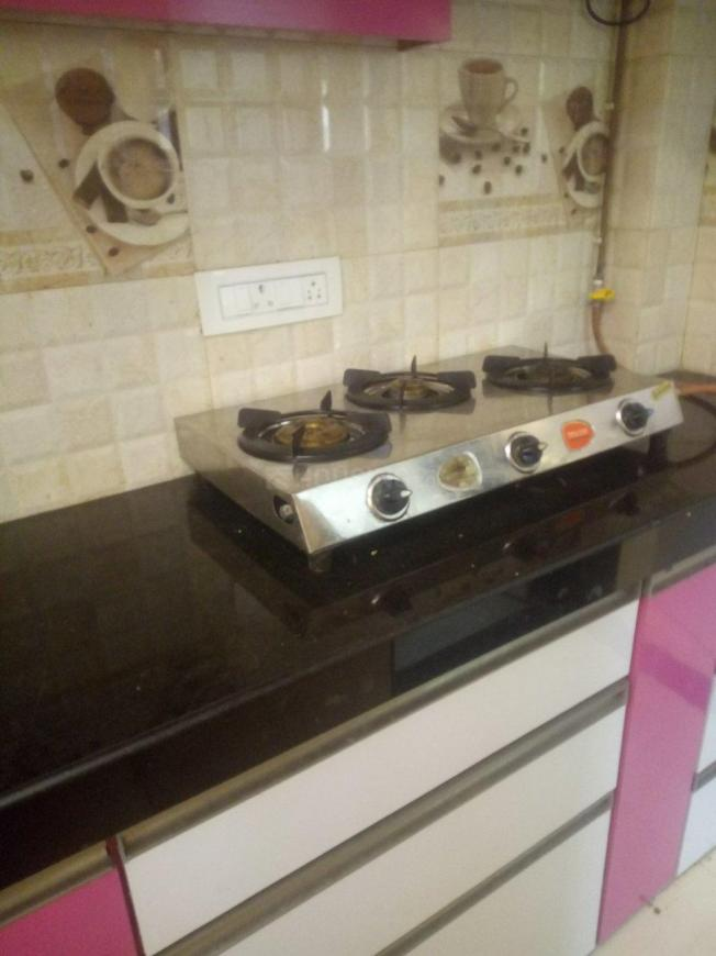 Kitchen Image of 450 Sq.ft 1 BHK Apartment for rent in Andheri West for 28000