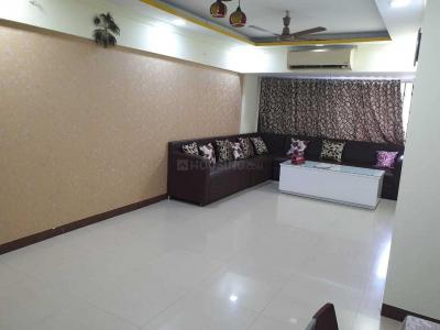 Gallery Cover Image of 610 Sq.ft 1 BHK Apartment for rent in Goregaon East for 20000