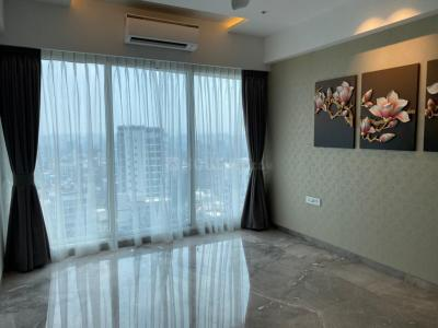 Gallery Cover Image of 2700 Sq.ft 4 BHK Apartment for buy in Juhu for 132500000