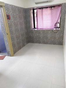 Gallery Cover Image of 523 Sq.ft 1 BHK Apartment for rent in Santacruz West for 35000