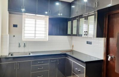 Gallery Cover Image of 1000 Sq.ft 2 BHK Independent House for rent in Asif Nagar North for 20000