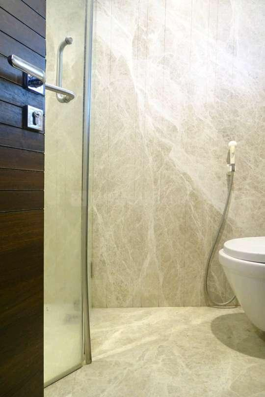 Bathroom Image of 853 Sq.ft 2 BHK Apartment for rent in Mankhurd for 25000