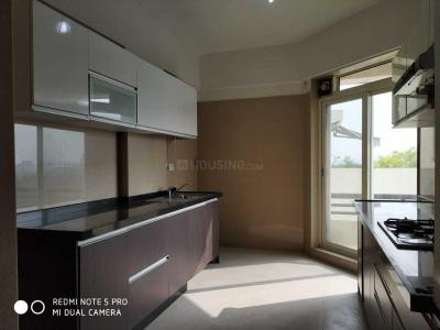 Gallery Cover Image of 1574 Sq.ft 3 BHK Apartment for rent in Kohinoor City Phase II, Kurla East for 65000