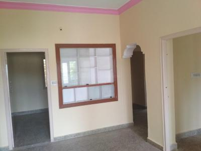 Gallery Cover Image of 1300 Sq.ft 2 BHK Independent House for rent in Chikkalasandra for 10000