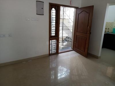 Gallery Cover Image of 787 Sq.ft 2 BHK Apartment for rent in Pozhichalur for 12000