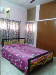 Gallery Cover Image of 900 Sq.ft 2 BHK Apartment for rent in Baishnabghata Patuli Township for 20000
